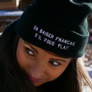 bonnet noir un baiser francais mae by anne-sophie