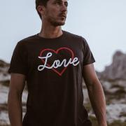 LOVE NAVY TSHIRT